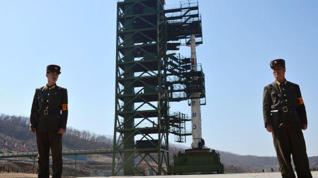351756_North-Korean-soldiers