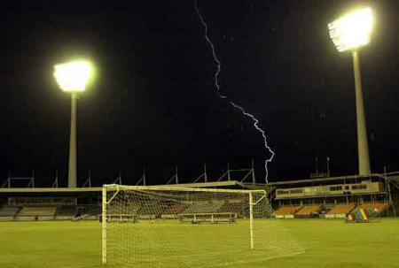 lightning-image
