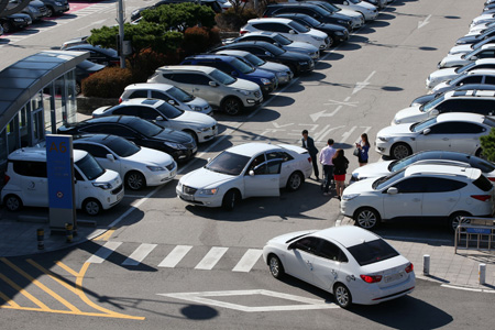 incheon-airport-parking-lot