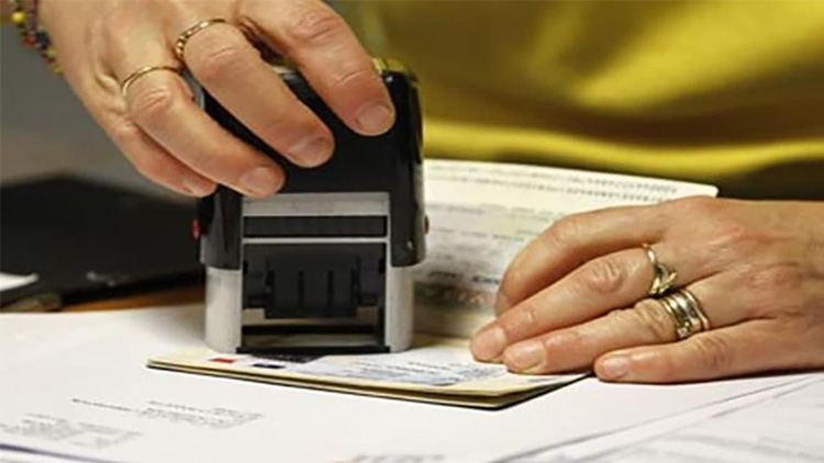 us-visa-applicant