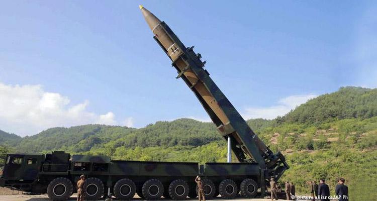 north-korea-rocket