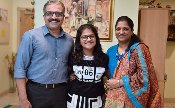 suchetha-with-family