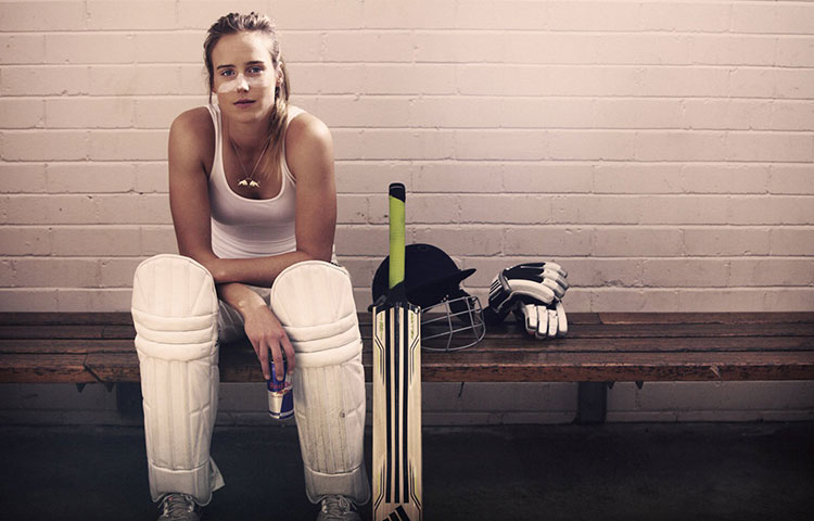 ellyse-perry-portrait