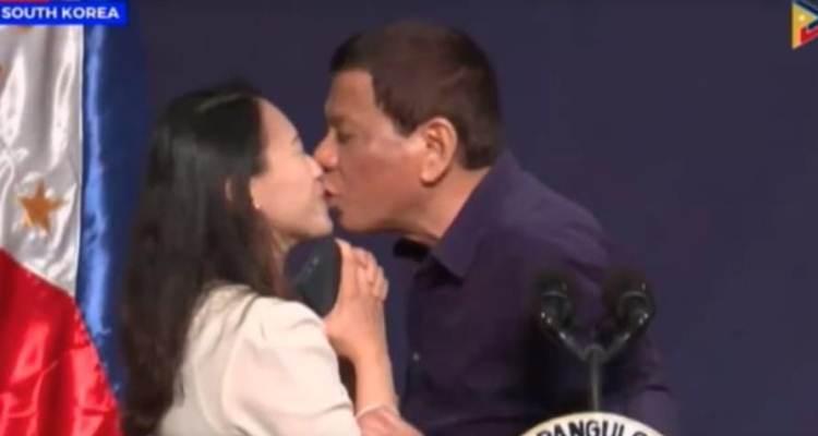 duterte kiss