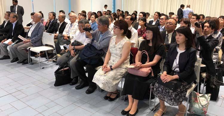 japan-seminar-visitor
